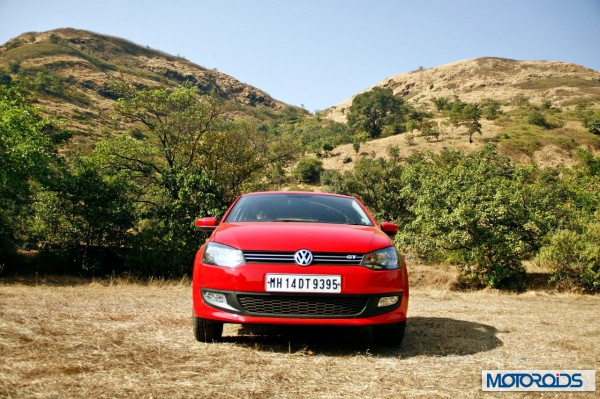 Volkswagen Polo 1.2 TSI exterior red (12)