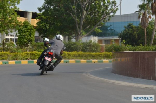 bajaj-discover-125m-review-images-price- (138)