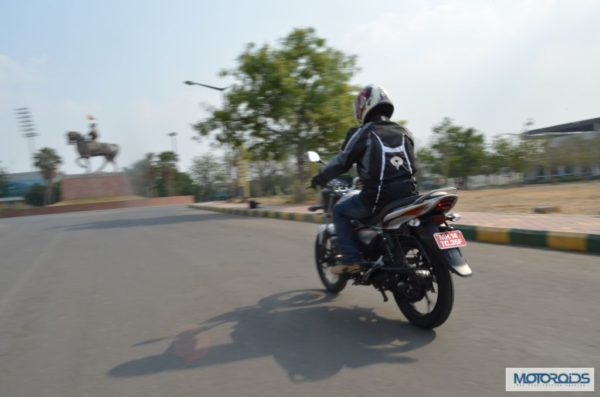 bajaj-discover-125m-review-images-price- (147)