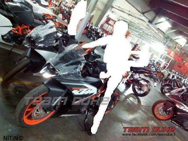 ktm-rc-390-200-125-india-launch-images- (1)