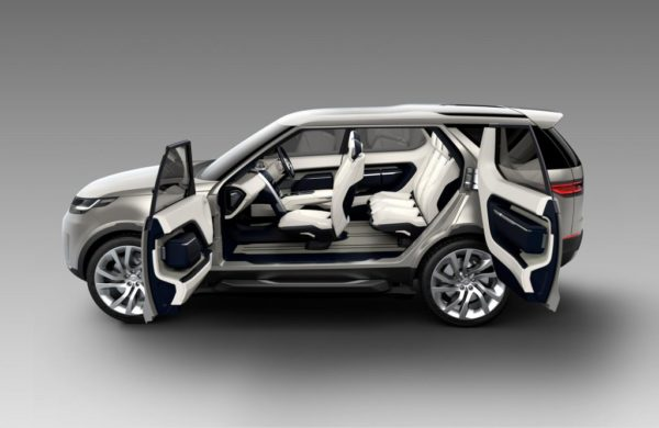 land rove discovery sport images 2