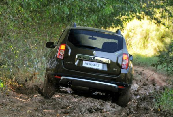 renault duster 4x4 launch images 2