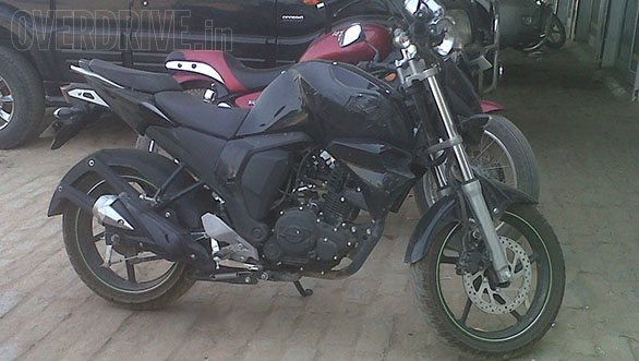More Yamaha FZ facelift images surface; Launch Soon