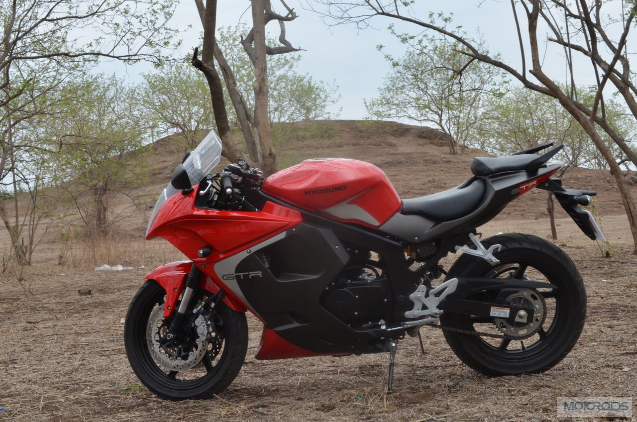 New 2013 Hyosung Gt250r Review Images Specs Price Motoroids