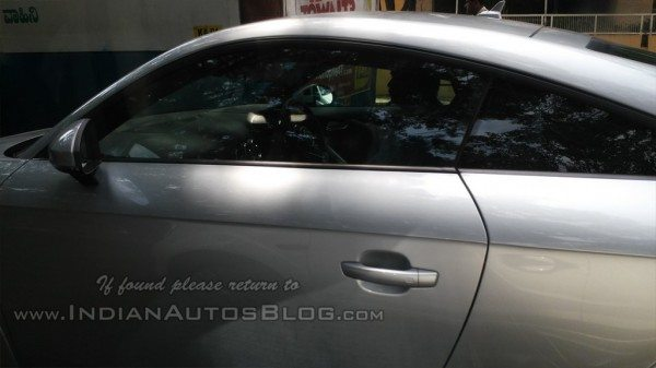 2015-Audi-TT-spotted-in-India-May-2014-side