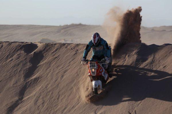 Allan Roberts Dakar participant no 165 (6)