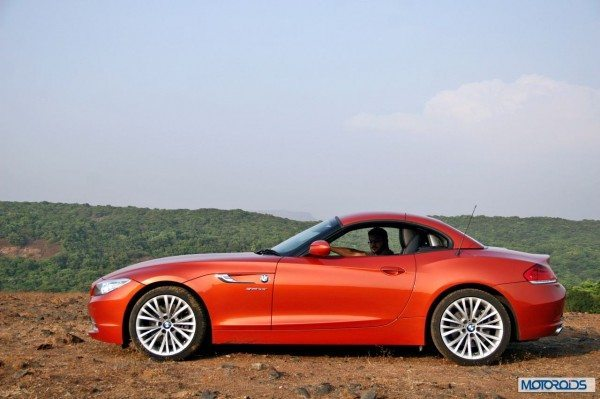 BMW Z4 convertible roof (1)