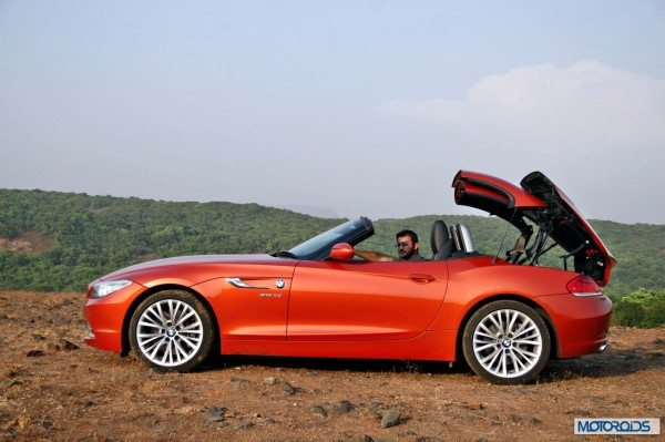 BMW Z4 convertible roof (5)