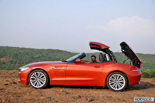 BMW Z4 convertible roof (6)