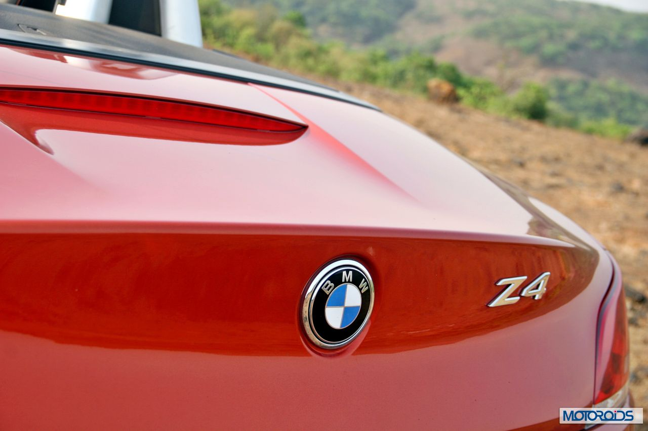 Bmw Z4 Review Details India 8 Motoroids Com