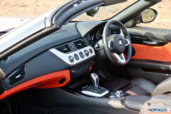 BMW Z4 sDrive 35i interior (2)