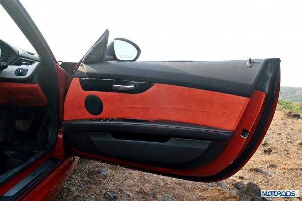 BMW Z4 sDrive 35i interior (5)