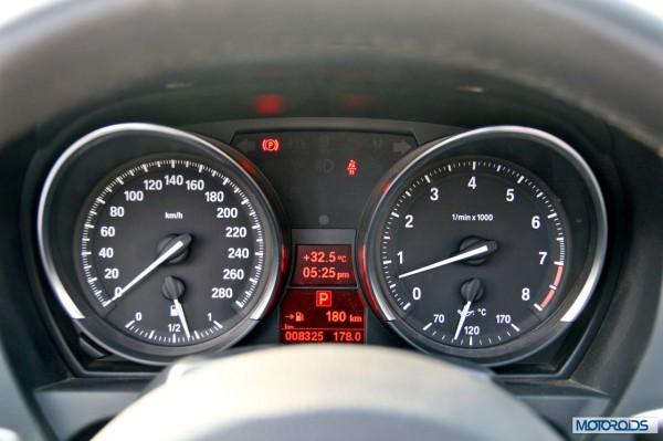 BMW Z4 sDrive 35i interior (9)
