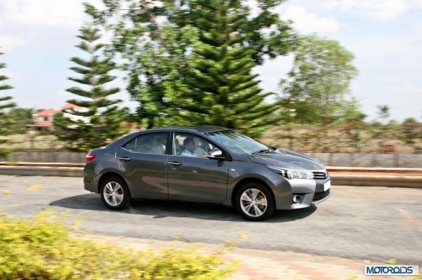 New 2014 Toyota Corolla Altis (9)