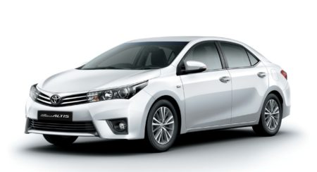 New 2014 Toyota Corolla Altis Launched: Price INR 11.99 to 16.89 Lakh