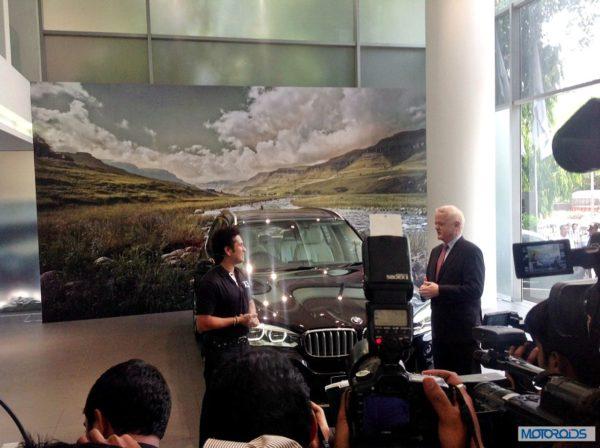 Sachin at BMW X5 event (5)