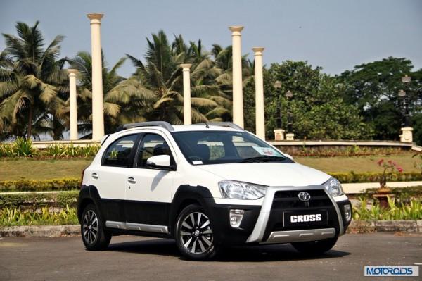 Toyota Etios Cross exterior (12)