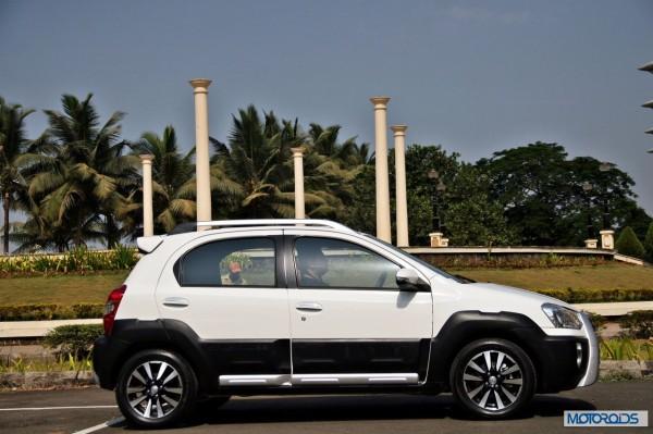 Toyota Etios Cross exterior (14)