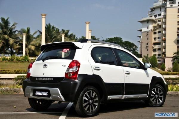Toyota Etios Cross exterior (15)