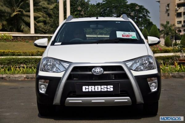 Toyota Etios Cross exterior (18)