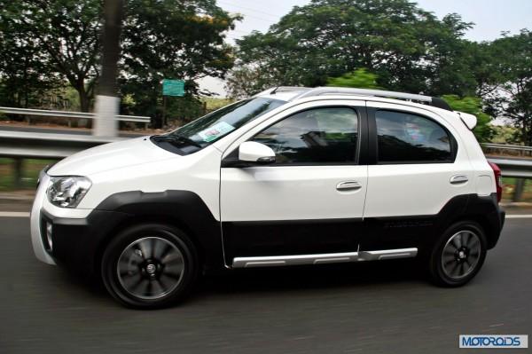 Toyota Etios Cross exterior (4)
