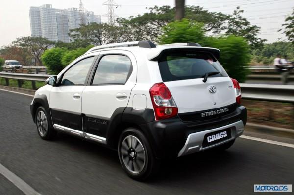 Toyota Etios Cross exterior (6)