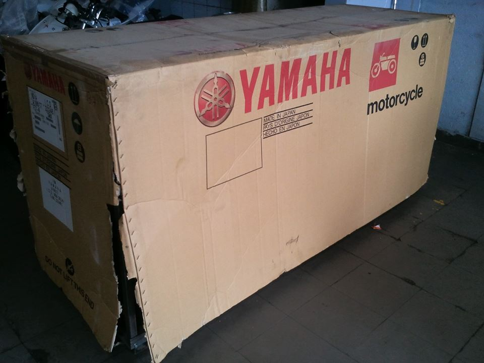 Yamaha FZ1 crate packing