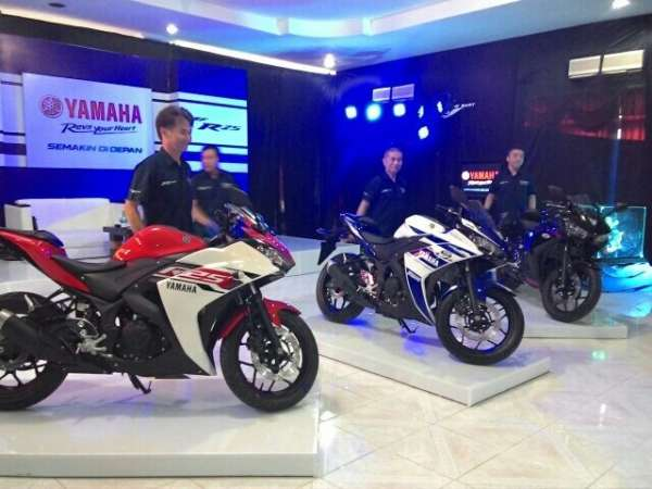 Yamaha R25 official production images (9)