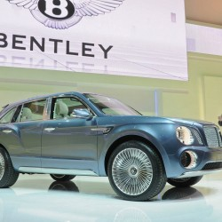 Bentley SUV gets go-ahead from VW, teased in video