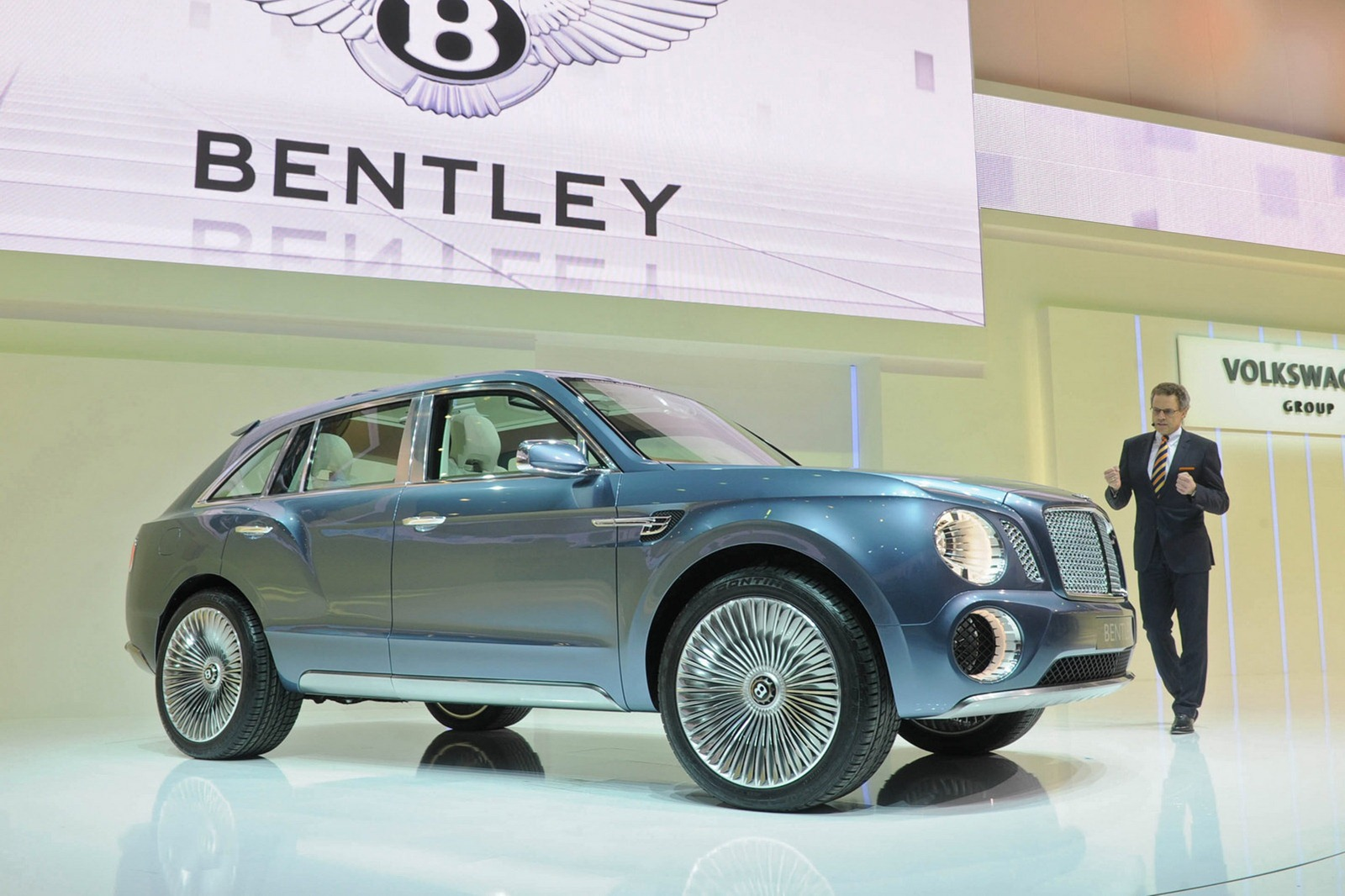 Bentley Suv Gets Go Ahead From Vw Teased In Video