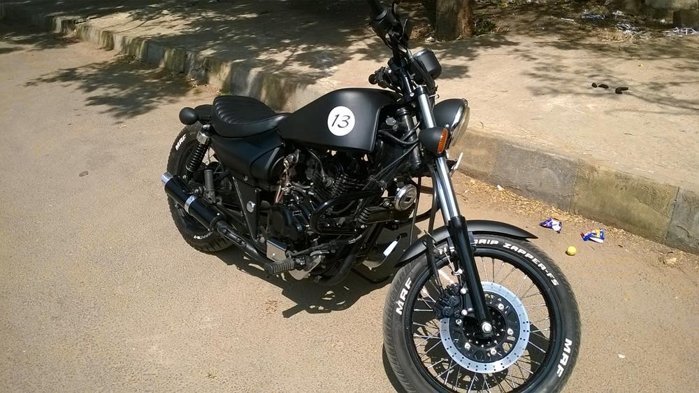Check Out This Modified Bajaj Avenger Bobber Motoroids