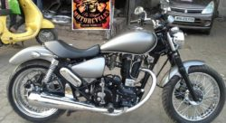 A Modified Royal Enfield Thunderbird Bobber [Images