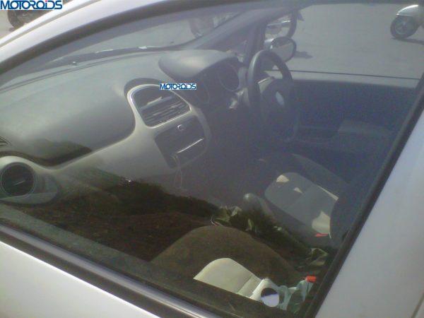 new 2014 Fiat Grande Punto facelift interior 2