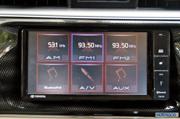 new 2014 toyota Corolla interior (20)