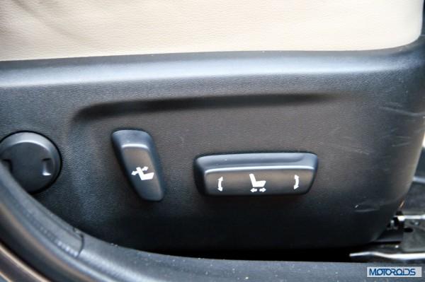 new 2014 toyota Corolla interior (36)
