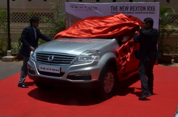 [Launched] Mahindra SsangYong Rexton RX6 Price, Images, Specs