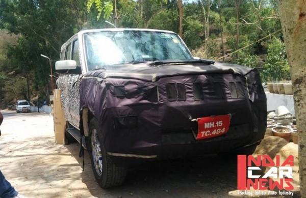 2014-Mahindra-Scorpio-facelift-snapped-testing-front