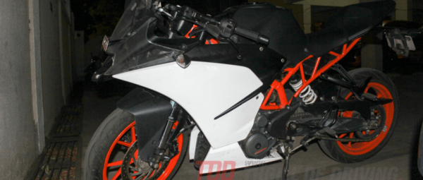 2014-KTM RC 390-spied-in India