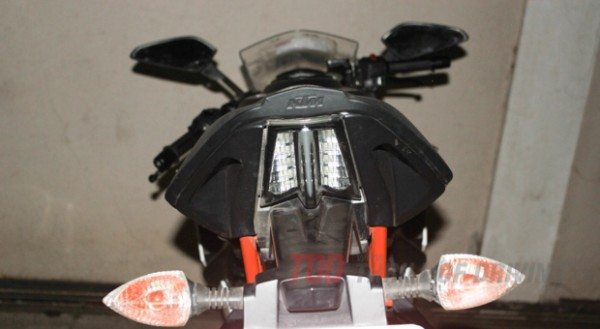 2014-KTM RC 390-rear