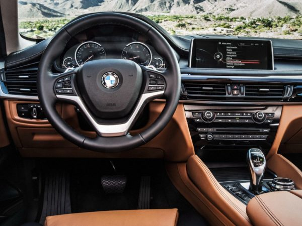 2015-BMW-X6-Official-9