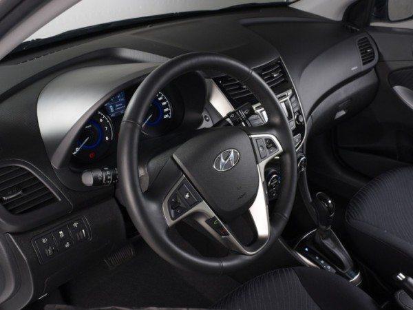 2015-Hyundai-Verna-Sedan-Facelift-3