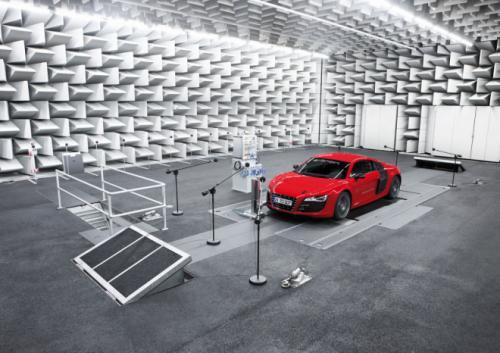 Audi-R8-e-tron-electric-car-image-5