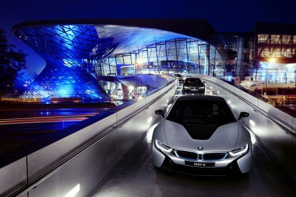 BMW-i8-launch-1