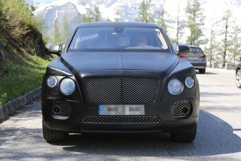 Bentley-SUV-Spied-Image_ACUK