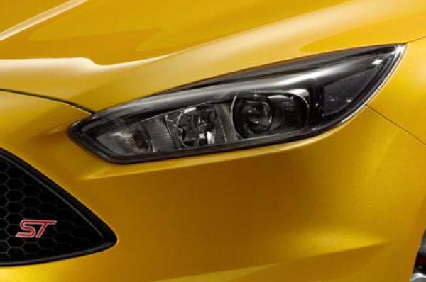 Ford-Focus-teaser-image-1