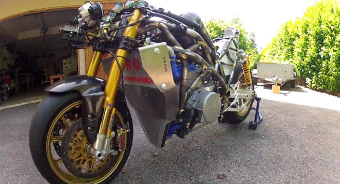 One Crazy Creation: Homemade 2 stroke 150 bhp 3 cylinder motorcycle