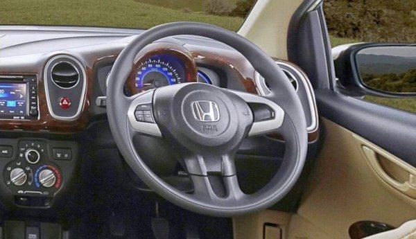 Honda-Mobilio-MPV-6
