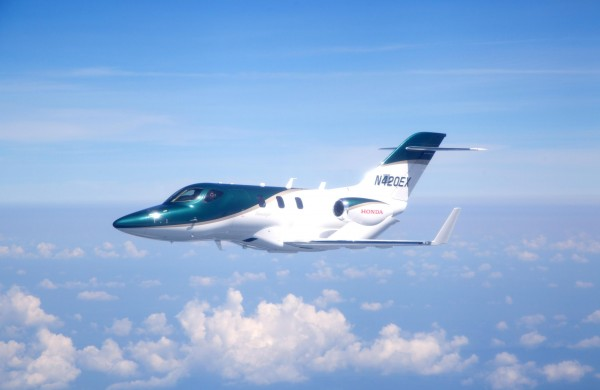 HondaJet-Production-Aircraft-image-1