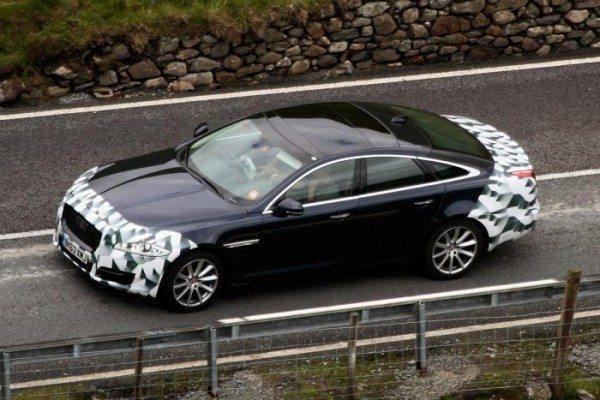 Jaguar-XJ-Facelift-Spy-Pics-image-1