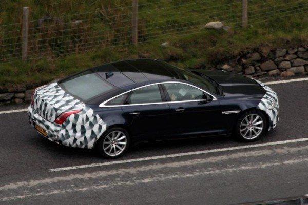 Jaguar-XJ-Facelift-Spy-Pics-image-3